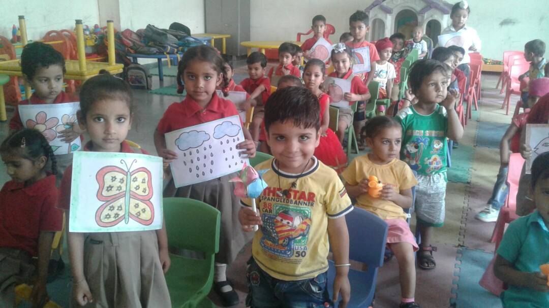 Hindi Rhyme and Speech Activity