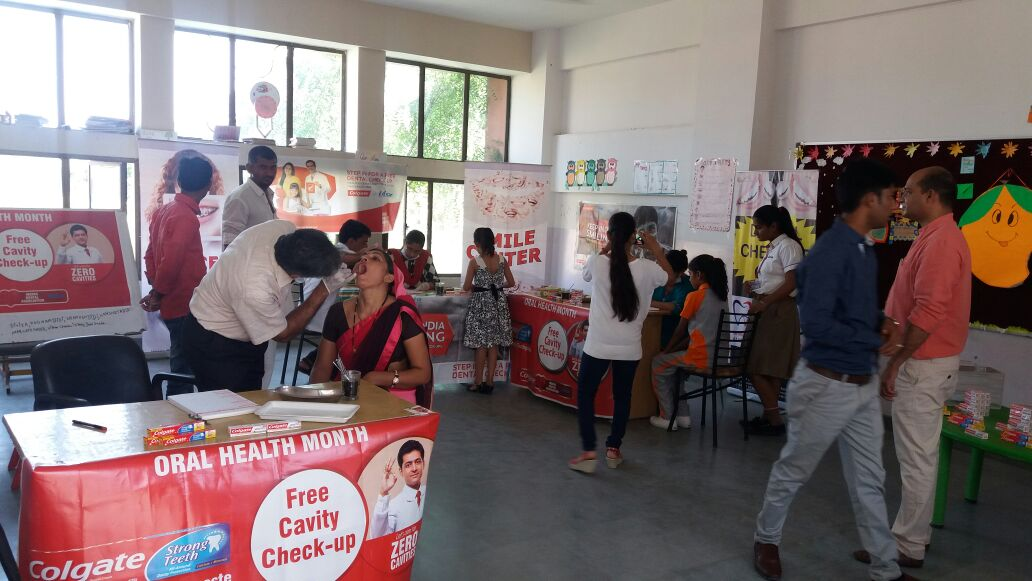 Dental check up activity